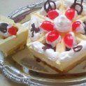 Madártejkrém meggyszósszal Zila formában Pudding, Pie, Food, Torte, Cake, Custard Pudding, Fruit Cakes, Essen, Puddings