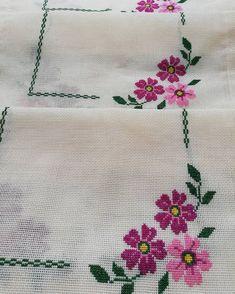 No image description. Cross Stitch Boarders, Baby Cross Stitch Patterns, Cross Stitch Designs, Cross Stitching, Hand Embroidery Stitches, Cross Stitch Embroidery, Embroidery Patterns, Crochet Patterns, Cross Stitch Needles