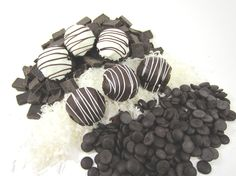 Gluten Free Chocolate Coconut Macaroons at www.lilybloomskitchen.com
