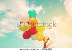 Mädchen Sommer Luftballons Stockfotos und -bilder | Shutterstock