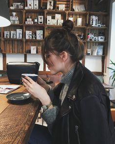 """8,635 Likes, 58 Comments - Jestem Kasia / Kasia Szymków  (@jestem_kasia) on Instagram: """"#ootd ✔️ more on my blog today  / Wearing #Celine sunglasses via @plactrzechkrzyzy"""""""