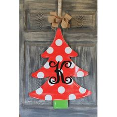 The Holiday Aisle Christmas Tree Door Hanger Sign Customize: Yes Dollar Tree Christmas, Christmas Wood Crafts, Wooden Christmas Trees, Christmas Signs, Christmas Crafts, Christmas Ornaments, Diy Christmas Yard Art, Christmas Stencils, Holiday Signs