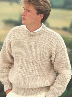 Knitting Patterns Men Knit Mens Sweater Patterned Pdf with Easy Country Casual Look pullover /OhhhMama/ tunic jumper vin Grunge Look, Grunge Style, 90s Grunge, Soft Grunge, Grunge Outfits, Outfits Casual, Mode Outfits, Ugly Sweater, Men Sweater