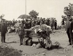On June 3, 1917, nearly six months after he died on January 10, Buffalo Bill was transported up Lookout Mountain to his final resting place. A boy scout  and Denver policeman proudly guard his casket, while it was open for one final viewing.