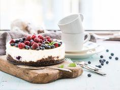 Möchten Sie Ihre Mutter zum Ehrentag mit einer frischen Torte überraschen, haben aber nur wenig Zeit? Dann probieren Sie unser Tortenrezept ohne Backen.