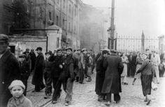Kutno, Poland, Jewish youth in the ghetto streets, September 1940. - Yad Vashem Photo Archive