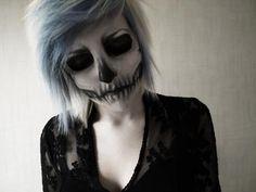 Love The Skeleton Look Makeup & Matching Gray Dead Choppy Scene Hair
