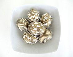 gold geometric patterns