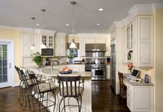 Home-Dzine - Light or dark floor for a home?