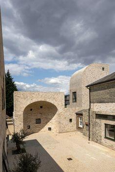 Peter Barber Architects, Morley von Sternberg · Employment Academy