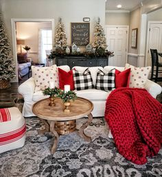 Here are cozy Christmas decorations ideas. These are cozy & elegant Christmas home decors which you can DIY Easily and decorate your Christmas home.