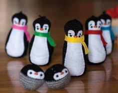 What a cute use of amigurumi! Crochet this Plucky Penguin Bowling Set for some indoor fun!: