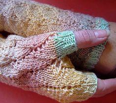 lace knit fingerless gloves pattern