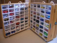 トミカの収納とトミカの駐車場 - 頑張るオヤジの趣味の部屋