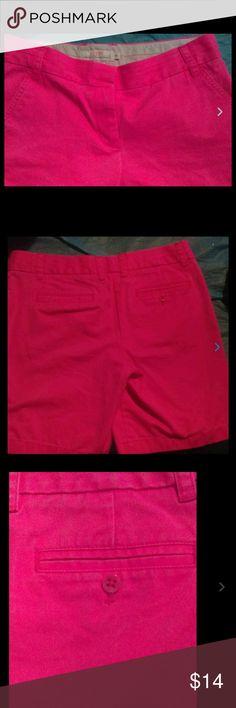 J. Crew 100% cotton khaki Bermuda shorts hot pink J. Crew Ladies size 8 100% cotton khaki Bermuda shorts hot pink🌊🌊🌊pink is lighter than photo J. Crew Shorts Bermudas