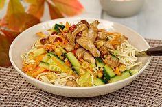 Asiatisk nudelsalat med lime, chili og ingefær