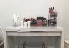 21 Ways Real People Store and Organize Their Makeup   StyleCaster
