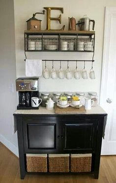 Coffee Bar Ideas - Looking for some coffee bar ideas? Here you'll find home coffee bar, DIY coffee bar, and kitchen coffee station. Coffee Nook, Coffee Bar Home, Coffee Bars, Coffee Corner, Easy Coffee, Coffee Wine, Drink Coffee, Coffee Island, Drink Bar
