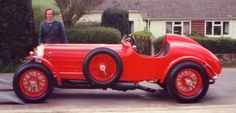 Photos of vintage Bentleys before, during and after coachwork, panelling & new bodies incl. a Special, Speed Six & Twin Turbo by DMark Concepts Vintage Cars, Antique Cars, Bentley Car, Twin Turbo, Photo Galleries, History, Gallery, Historia