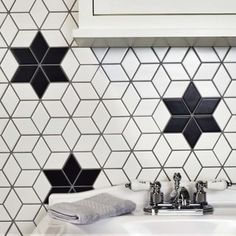 SomerTile 10.5x12.125-inch Victorian Rhombus Matte White Porcelain Mosaic Floor and Wall Tile (10/Ca