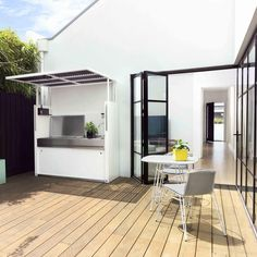 Looking forward to warmer weather and socialising around the BBQ. The Tilt Outdoor Kitchen designed by Justin Hutchinson for Urban Commons and made by Tait has everything you need including a door to conceal when not in use. So clever & so stylish - you can even customise colours to suit your outdoor area. Photography: Haydn Cattach #outdoorkitchen #volley #outdoorfurniture #outdoorstyling #australiandesign #australianmade #interiordesign #gardendesign #landscapedesign #alifeoutside
