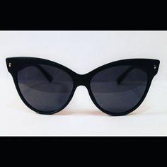Summer- Cat Eye Sunglasses // Retro // Cateye Sunglasses// Matte Sunglasses// Oversized