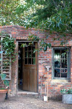 Garden shed / Tuinhuisie Garden Great Ideas, Dream Garden, Home And Garden, Weekend Projects, The Great Outdoors, Outdoor Ideas, Outdoor Decor, Outdoor Gardens, Interior Design