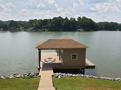 Brand new dock fall of 2015, now with a floater!