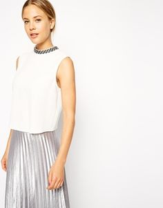 Search: embellishment - Page 2 of 5   ASOS