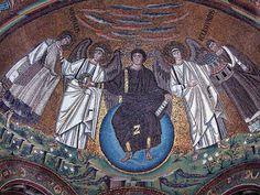 Cristo Cosmocrátor. Mosaico en el Ábside de la Basílica de San Vital, Rávena. Anónimo. Bizantino 574 d.C.