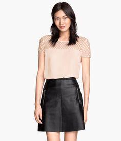 H&M Shirt mit Spitzenpasse 9,99