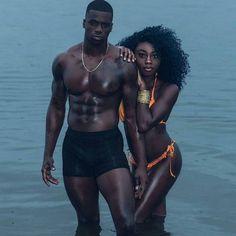 goals black brown couple k y a🥀💜 Black Love Couples, Fit Couples, Cute Couples Goals, Couple Goals, Couples Humor, Fitness Couples, Dark Skin Beauty, Black Beauty, Black Families