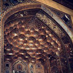 Шедевр янтарной мозаики.Дворец шаха Аббаса Сафави, Иран