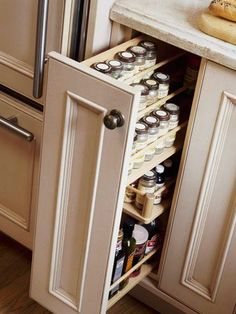 Organization & Storage Tips Pantry Pullout- good way to utilize a small cabinet space! Pantry Pullout- good way to utilize a small cabinet space! Clever Kitchen Storage, Kitchen Storage Solutions, Kitchen Drawers, Kitchen Cabinetry, Diy Cabinets, Kitchen Island Storage, Kitchen Cabinet Storage, Kitchen Islands, Clean Cabinets