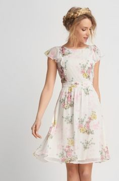 Rochie cu volane model floral