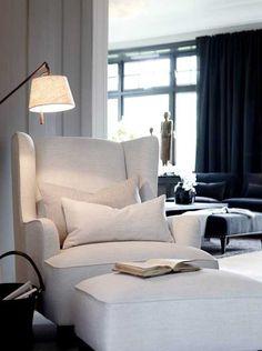 Как же нравится все, что делает норвежская компания Slettvoll! От каталогов мебели этого замечательного бренда сложно оторвать взгляд — интерьеры в них просто восхитительны. Строгий элегантный стиль и сдержанная цветовая гамма с темными оттенками, которые стали уже визитной карточкой компании, преобладают и в последней коллекции. Смотрим!