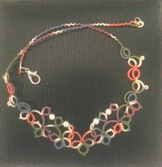 Tatted necklace, Lizbeth 40 (Caroussel).