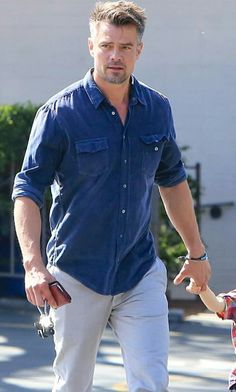 Josh Duhamel, Dakota Do Norte, Stylish Men, Men Casual, Skylar Astin, Eric Dane, Alexander Ludwig, Gorgeous Men, Beautiful People
