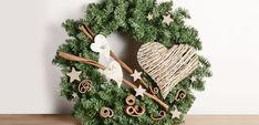 Coronas de Navidad, decora tu hogar - https://www.decoora.com/coronas-de-navidad-decora-tu-hogar/