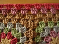 Crinkle Free Granny Square Borders - get rid of that wavy border when edging multiple granny squares