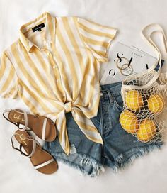 How to wear fall fashion outfits with casual style trends Cute Summer Outfits, Spring Outfits, Trendy Outfits, Vintage Summer Outfits, Hot Weather Outfits, Shorts Outfits For Teens, Cute Summer Clothes, Summer Clothing, Summer Fashion Outfits
