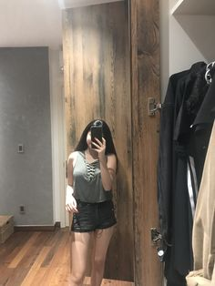 Malu Trevejo Outfits, Fake Girls, Indonesian Girls, Girly Pictures, Girls Selfies, Candid, Leather Skirt, Snapchat, Skirts