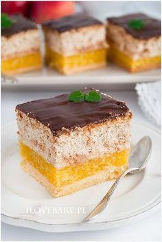 heaven in mouth Polish Desserts, Desserts To Make, Polish Recipes, No Bake Desserts, Delicious Desserts, Sweet Recipes, Cake Recipes, Dessert Recipes, Donia
