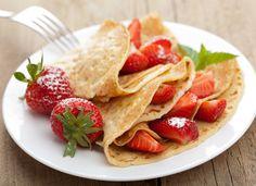 Блинчики с клубникой, ссылка на рецепт - https://recase.org/blinchiki-s-klubnikoj/  #Десерты #Рецептыдлядетей #блюдо #кухня #пища #рецепты #кулинария #еда #блюда #food #cook