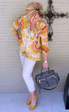 Best Clothing Styles For Women Over 50 - Fashion Trends Fashion For Women Over 40, 50 Fashion, Women's Summer Fashion, Plus Size Fashion, Fashion Outfits, Fashion Tips, Fashion Trends, Petite Fashion, Curvy Fashion