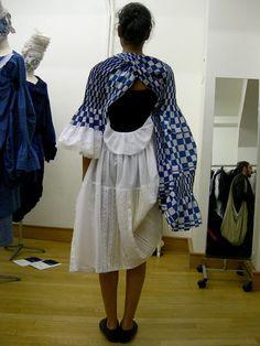 Tao Kurihara SS2008. At the showroom, Paris, 10.2007. (ilvesorbet.blogspot.com/flickr)