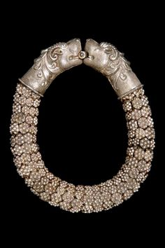 India | Silver bracelet. ca. 1964 or earlier // ©Quai Branly Museum. 71.1964.95.116