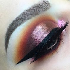 Looks like the sunset Makeup Goals, Makeup Inspo, Makeup Inspiration, Makeup Tips, Beauty Makeup, Makeup Style, Beautiful Eye Makeup, Cute Makeup, Pretty Makeup