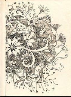 Beauty by lindzb on deviantart zentangle art рисунок, рисунк Doodles Zentangles, Tangle Doodle, Tangle Art, Zentangle Drawings, Zen Doodle, Doodle Drawings, Doodle Art, Doodle Patterns, Zentangle Patterns