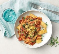 Vegetable gnocchi with mushroom and lentil ragù Gnocchi Dishes, Gnocchi Recipes, Healthy Pasta Recipes, Healthy Pastas, Healthy Foods, Vegetarian Dinners, Vegetarian Recipes, Lentil Ragu, Kitchens